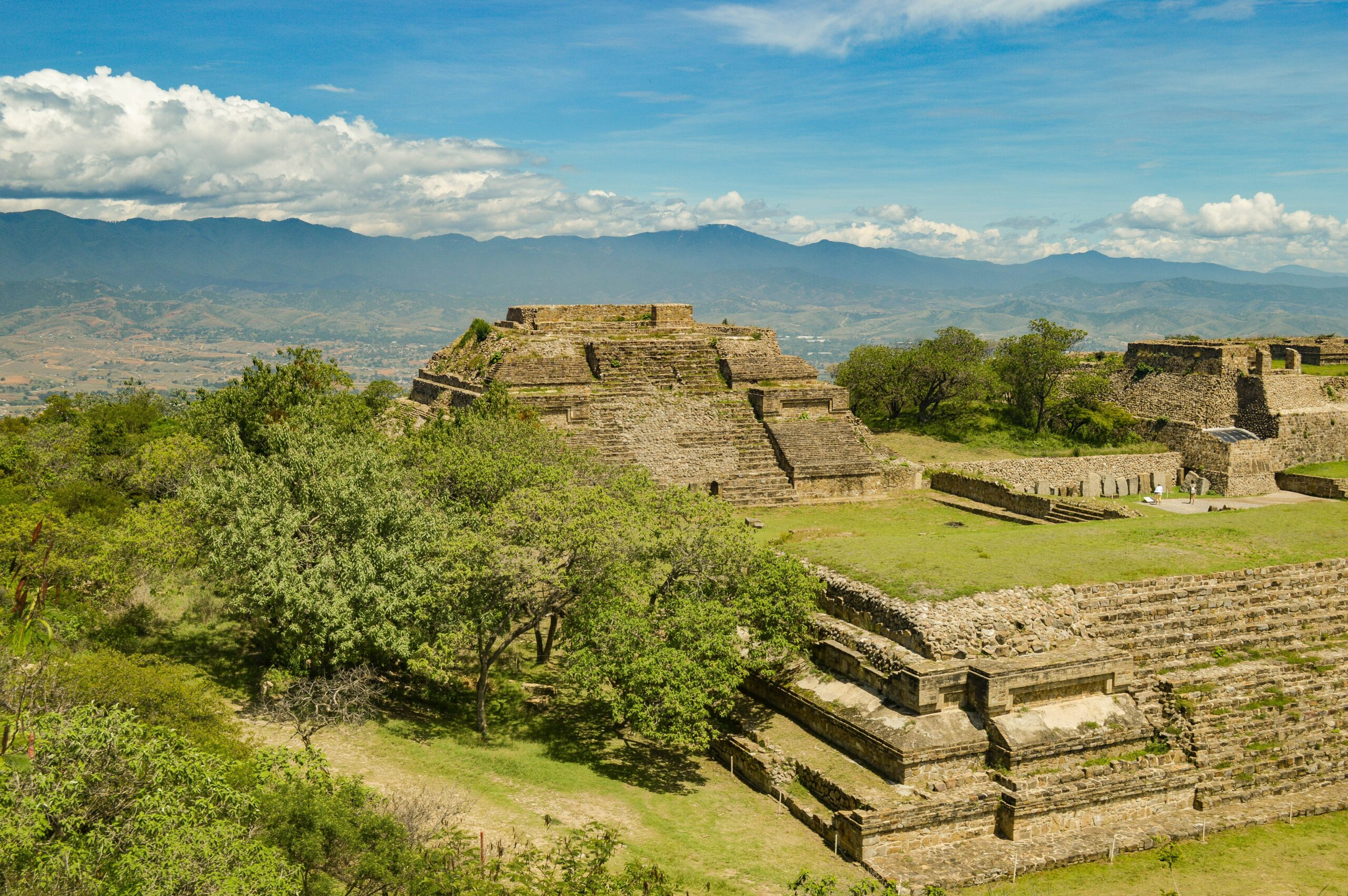 Photo aérienne d'un temple Maya